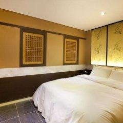 Film 37.2 Hotel комната для гостей фото 9