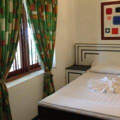 Отель Travel Park Tourist Resort сейф в номере