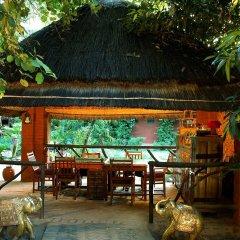 Отель WelcomHeritage Maharani Bagh Orchard Retreat питание фото 2