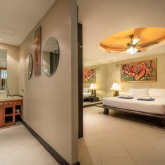 Апартаменты Aspasia Kata Luxury Resort Apartment пляж Ката Яй комната для гостей фото 3