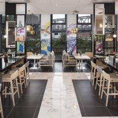 Отель INNSIDE by Meliá Hamburg Hafen гостиничный бар