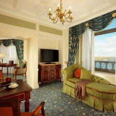 Гостиница Fairmont Grand Hotel Kyiv Украина, Киев - - забронировать гостиницу Fairmont Grand Hotel Kyiv, цены и фото номеров комната для гостей