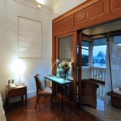 Отель Chakrabongse Villas Таиланд, Бангкок - отзывы, цены и фото номеров - забронировать отель Chakrabongse Villas онлайн комната для гостей фото 2