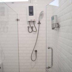 Отель RetrOasis Таиланд, Бангкок - отзывы, цены и фото номеров - забронировать отель RetrOasis онлайн ванная фото 2