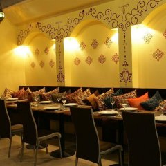 Отель Legacy Express Sukhumvit by Compass Hospitality