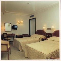 Гостиница Ореанда Премьер сейф в номере
