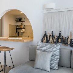 Отель 3 Caves Villa by Caldera Houses Греция, Остров Санторини - отзывы, цены и фото номеров - забронировать отель 3 Caves Villa by Caldera Houses онлайн комната для гостей фото 5
