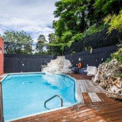 Отель Altamont West Hotel Ямайка, Монтего-Бей - отзывы, цены и фото номеров - забронировать отель Altamont West Hotel онлайн бассейн фото 2