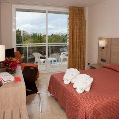 Отель Sol Costa Daurada Salou комната для гостей фото 5