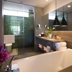 Отель Avista Hideaway Phuket Patong, MGallery by Sofitel Таиланд, Пхукет - 1 отзыв об отеле, цены и фото номеров - забронировать отель Avista Hideaway Phuket Patong, MGallery by Sofitel онлайн ванная