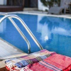 Rustic Alacati Турция, Чешме - отзывы, цены и фото номеров - забронировать отель Rustic Alacati онлайн бассейн фото 2