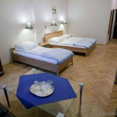 Отель Floryan Old Town Краков комната для гостей фото 3