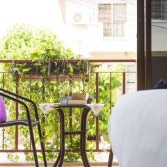 Отель Happys Guesthouse Pattaya Таиланд, Паттайя - отзывы, цены и фото номеров - забронировать отель Happys Guesthouse Pattaya онлайн балкон