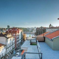 The House Ribeira Porto Hotel Порту балкон
