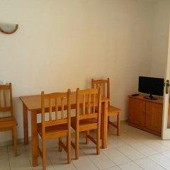 Отель Apartmentos Ses Anneres комната для гостей фото 4