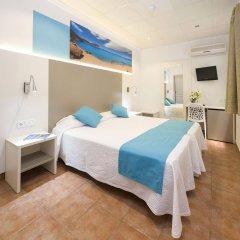 Отель Hostal Adelino комната для гостей фото 2