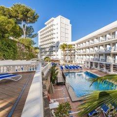 Отель Globales Palmanova Palace Испания, Пальманова - 2 отзыва об отеле, цены и фото номеров - забронировать отель Globales Palmanova Palace онлайн бассейн фото 2