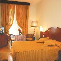 Hotel Suizo сейф в номере