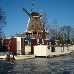 Отель Houseboat under the Mill развлечения