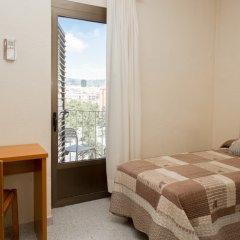 Отель Hostal Sans Испания, Барселона - отзывы, цены и фото номеров - забронировать отель Hostal Sans онлайн комната для гостей фото 5