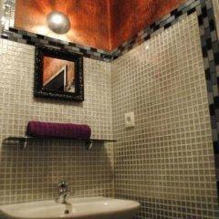 Отель Hostel Kiezbude Германия, Гамбург - отзывы, цены и фото номеров - забронировать отель Hostel Kiezbude онлайн ванная