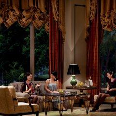 Отель The Ritz Carlton Guangzhou Гуанчжоу интерьер отеля фото 3