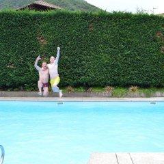 Отель SPARERHOF Терлано бассейн