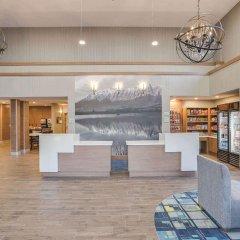 Отель La Quinta Inn & Suites Logan интерьер отеля