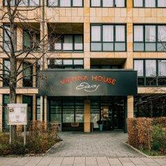 Отель Vienna House Easy München Германия, Мюнхен - 1 отзыв об отеле, цены и фото номеров - забронировать отель Vienna House Easy München онлайн вид на фасад