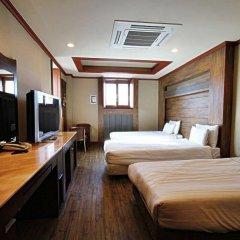 Отель Seoul Leisure Tourist Сеул сейф в номере
