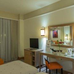 Alva Donna Beach Resort Comfort Турция, Сиде - отзывы, цены и фото номеров - забронировать отель Alva Donna Beach Resort Comfort онлайн удобства в номере фото 2