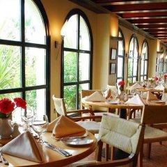 Отель Dubai Marine Beach Resort & Spa ОАЭ, Дубай - 12 отзывов об отеле, цены и фото номеров - забронировать отель Dubai Marine Beach Resort & Spa онлайн питание