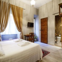 Отель SetteA сейф в номере