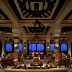 Отель Jumeirah Mina A Salam - Madinat Jumeirah ОАЭ, Дубай - 10 отзывов об отеле, цены и фото номеров - забронировать отель Jumeirah Mina A Salam - Madinat Jumeirah онлайн интерьер отеля