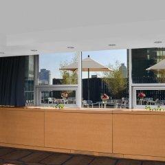 Отель DoubleTree by Hilton Metropolitan - New York City США, Нью-Йорк - 9 отзывов об отеле, цены и фото номеров - забронировать отель DoubleTree by Hilton Metropolitan - New York City онлайн питание фото 2