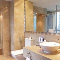Отель Sheraton Shenzhen Futian Hotel Китай, Шэньчжэнь - отзывы, цены и фото номеров - забронировать отель Sheraton Shenzhen Futian Hotel онлайн ванная фото 2
