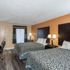 Отель Days Inn by Wyndham Sarasota Bay комната для гостей