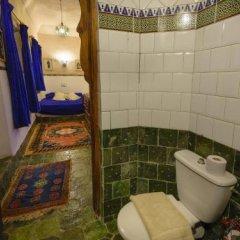 Отель Kasbah Dar Daif Марокко, Уарзазат - отзывы, цены и фото номеров - забронировать отель Kasbah Dar Daif онлайн ванная фото 2