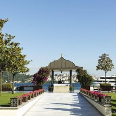 Four Seasons Hotel Istanbul at the Bosphorus фото 4