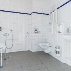 Отель a&o Nürnberg Hauptbahnhof ванная