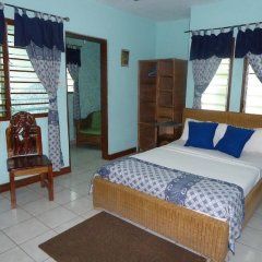 Отель Almond Tree Guest House комната для гостей фото 5