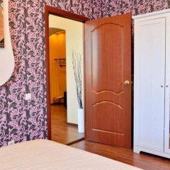 Гостиница Сити Центр VIP Апартаменты в Мурманске отзывы, цены и фото номеров - забронировать гостиницу Сити Центр VIP Апартаменты онлайн Мурманск комната для гостей фото 2