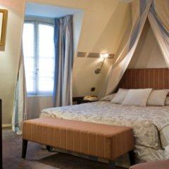 Отель Timhotel Montmartre Париж сейф в номере