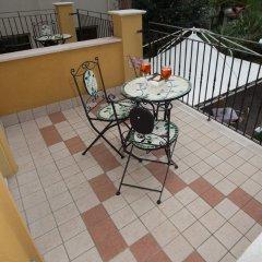 Отель Alibì Италия, Римини - 9 отзывов об отеле, цены и фото номеров - забронировать отель Alibì онлайн балкон