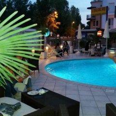 Отель La Gradisca Римини бассейн фото 2