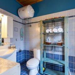 Отель Mantzaros Historic House Греция, Корфу - отзывы, цены и фото номеров - забронировать отель Mantzaros Historic House онлайн ванная фото 2