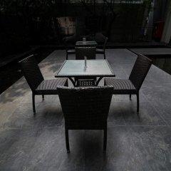 Отель BoonRumpa Condotel гостиничный бар