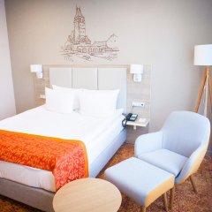 Гостиница Холидей ИНН комната для гостей