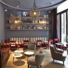 Отель Chic&basic Zoo Барселона гостиничный бар