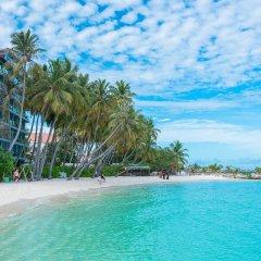 Отель Kurumba Villa пляж